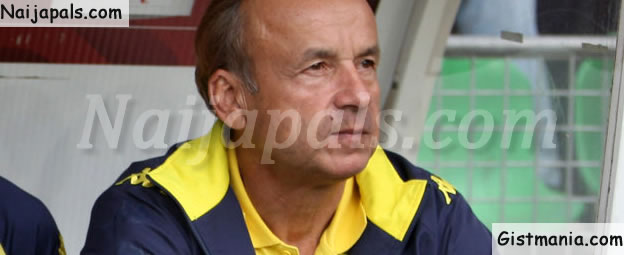 998f31289e8 Super Eagles of Nigeria Coach, Gernot Rohr has expressed his views on the  design of the Super Eagles 2017 jersey. Rohr was with chiefs of the Nigeria  ...