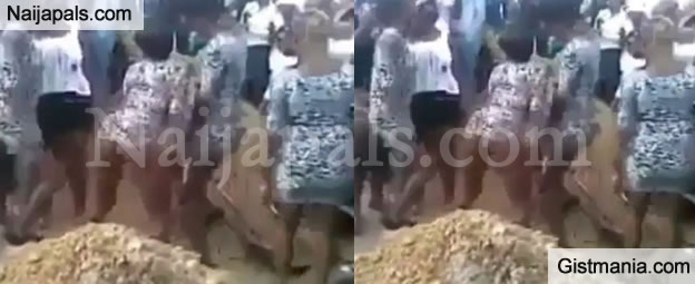 Prostitute Shake Their Bum Bum at The Funeral of a Dead