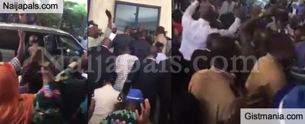rotimi amaechi receives exciting welcome as he resumes office as