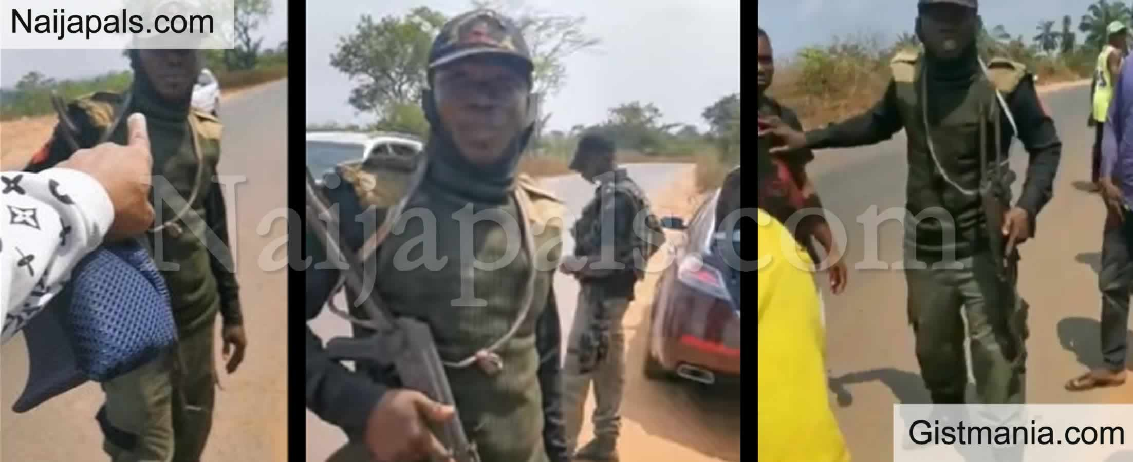 <img alt='.' class='lazyload' data-src='https://img.gistmania.com/emot/video.gif' /> <b>Watch As Nigerian Man Confronts Police Officer Who Allegedly Planted Marijuana In His Car In Enugu</b> (VIDEO)