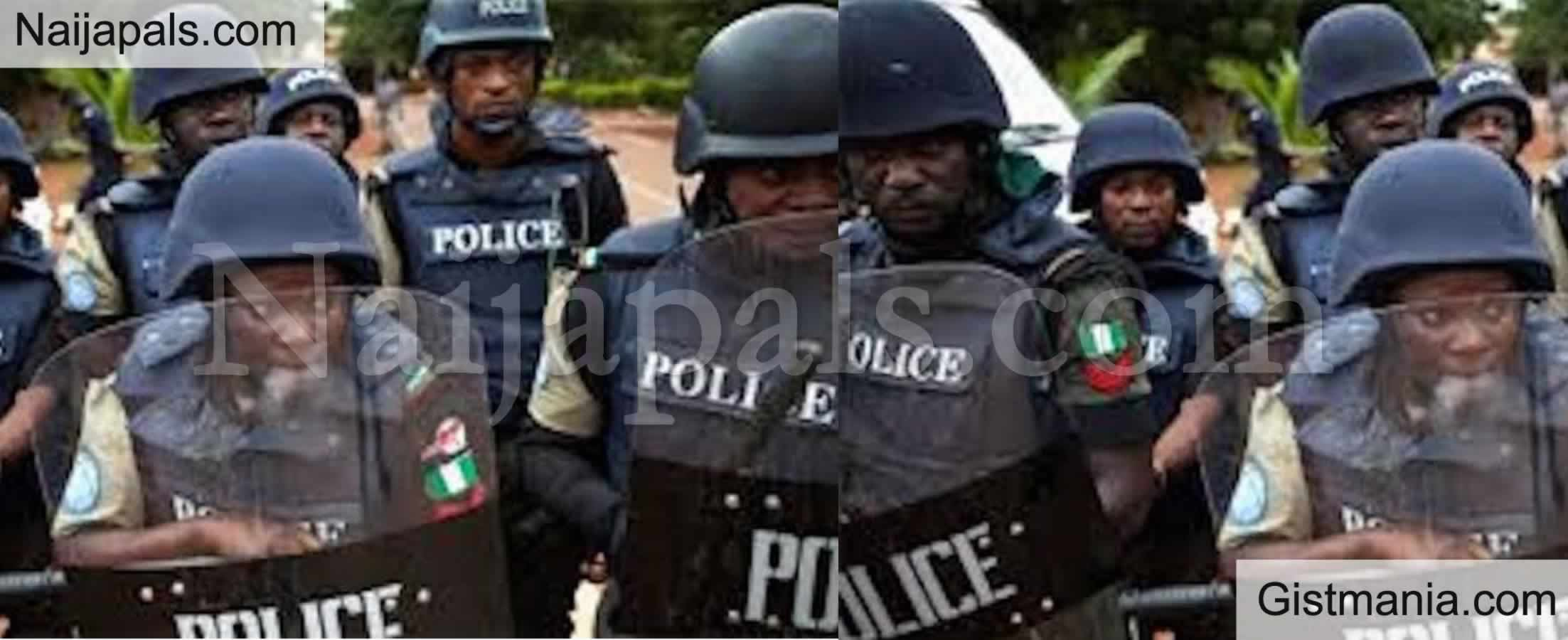 <img alt='.' class='lazyload' data-src='https://img.gistmania.com/emot/comment.gif' /><b> Police Arrest Middle Aged Girl, 3 Other Suspects, Recover Guns, Cocaine During Raid In Delta</b>