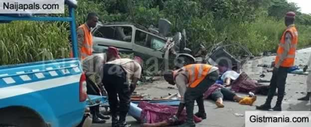 <img alt='.' class='lazyload' data-src='https://img.gistmania.com/emot/cry.gif' /><b> Not Less Than 12 Persons Reportedly Burnt To Death In A Tragic Auto Crash In Bayelsa </b>