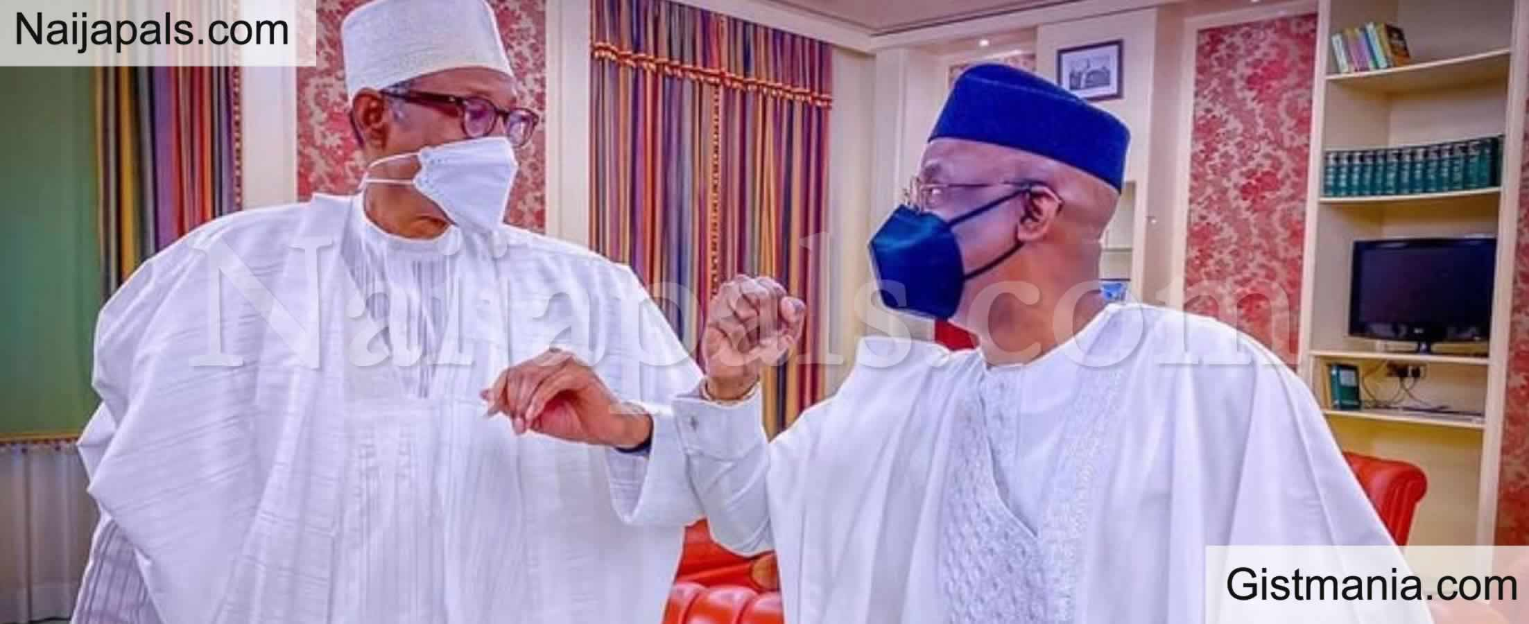 <img alt='.' class='lazyload' data-src='https://img.gistmania.com/emot/comment.gif' /> <b>Pastor Tunde Bakare Back In Aso Villa To See Buhari Few Months After Vowing 'No More Visits'</b>