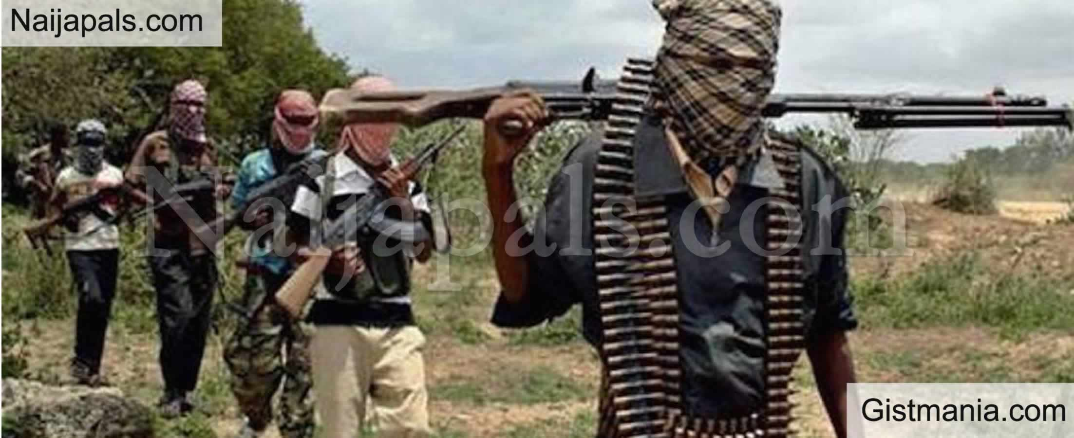 <img alt='.' class='lazyload' data-src='https://img.gistmania.com/emot/shocked.gif' /> <b>Military Base In Katsina Suffers Heavy Bandits Attack, Many Soldiers Feared Dead</b>