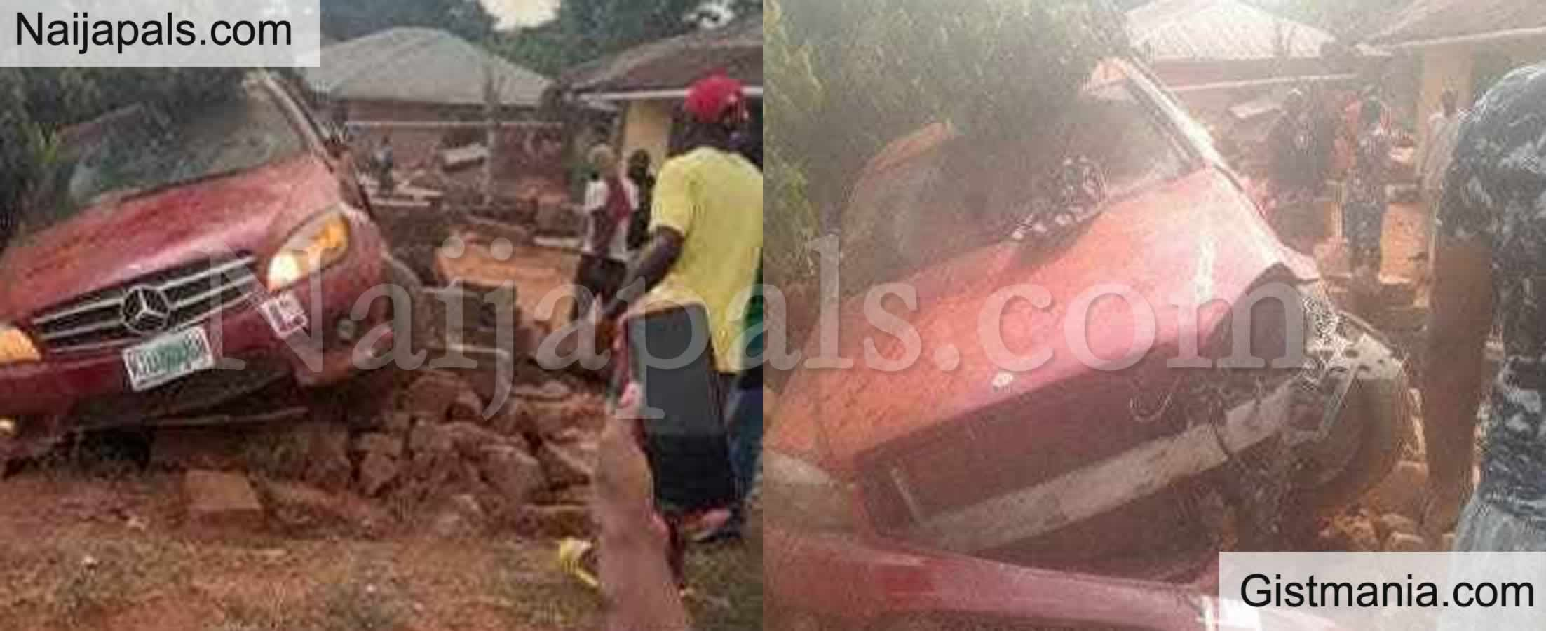 <img alt='.' class='lazyload' data-src='https://img.gistmania.com/emot/shocked.gif' /> <b>Mercedes Benz With 'Learner' Sign Set Ablaze After Crushing 6 Children to Death in Edo</b> (Photos)