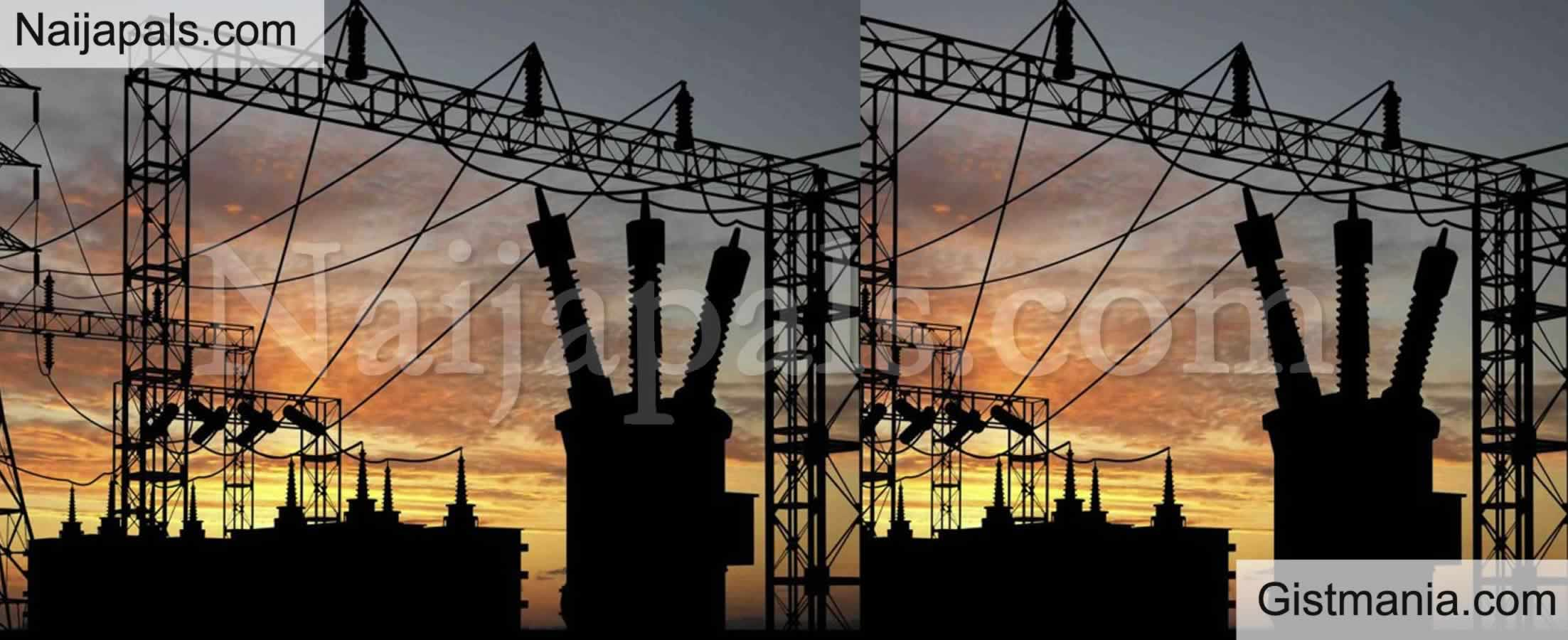 <img alt='.' class='lazyload' data-src='https://img.gistmania.com/emot/news.gif' /> <b>Nigeria Plunges Into Total Darkness as Power Grid Collapses Again</b>