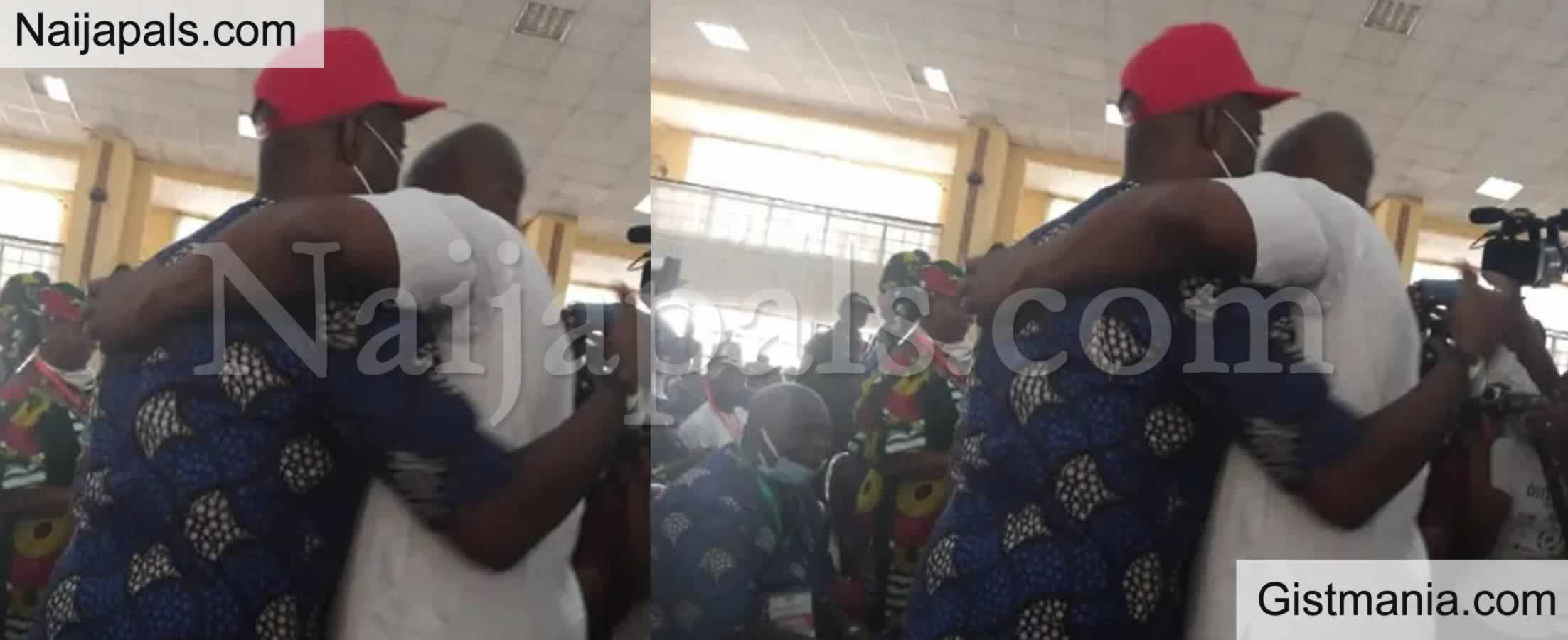 <img alt='.' class='lazyload' data-src='https://img.gistmania.com/emot/news.gif' /> <b>Fayose And Seyi Makinde Settle Their Rift As They Hug Each Other At PDP's Congress In Osogbo</b>