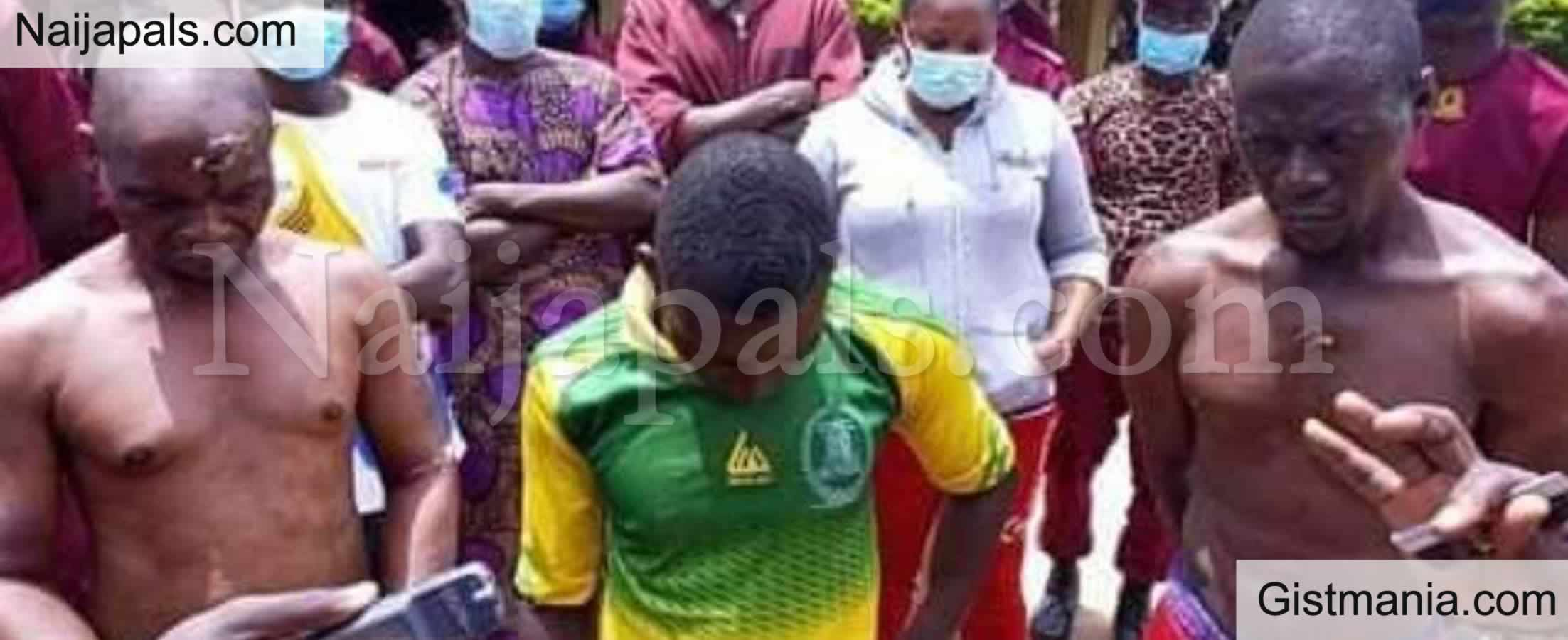 <img alt='.' class='lazyload' data-src='https://img.gistmania.com/emot/smh.gif' /> PHOTOS: <b>Three Suspected Human Parts Dealers Paraded by Amotekun in Oyo State</b>
