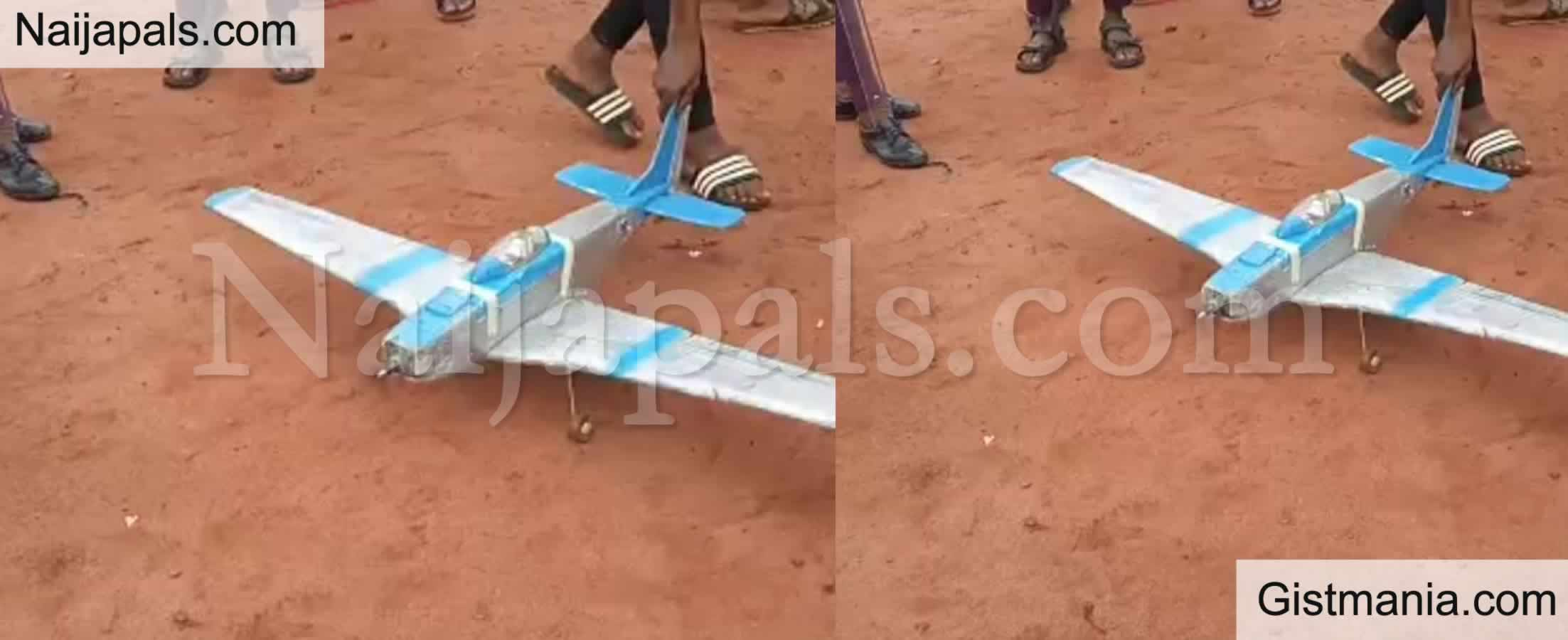 <img alt='.' class='lazyload' data-src='https://img.gistmania.com/emot/thumbs_up.gif' /> Photo + Video: <b>Nigerian Boy, Nnadi Michael Builds A Drone In Enugu State</b>
