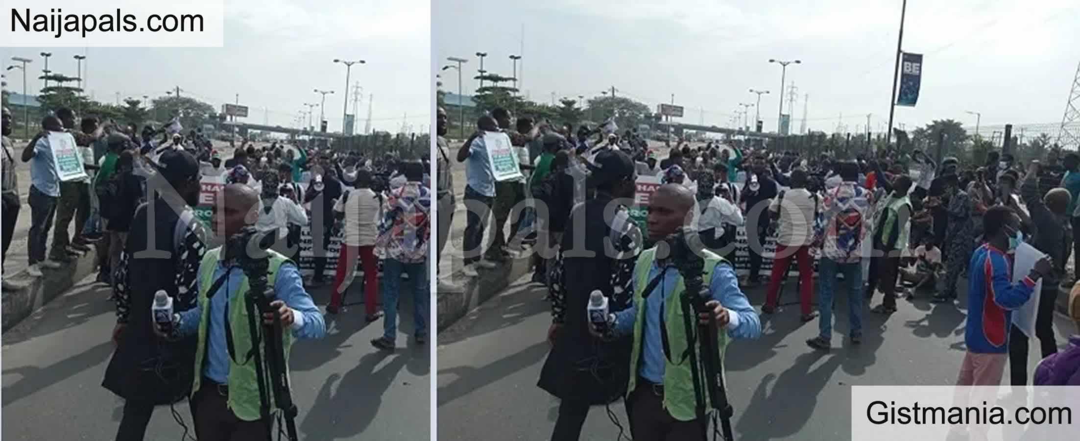 "<img alt='.' class='lazyload' data-src='https://img.gistmania.com/emot/comment.gif' /> <b>""Silence Is Killing Us"" – Yoruba Nation, Biafran Agitators Stage Protest In New York</b>"