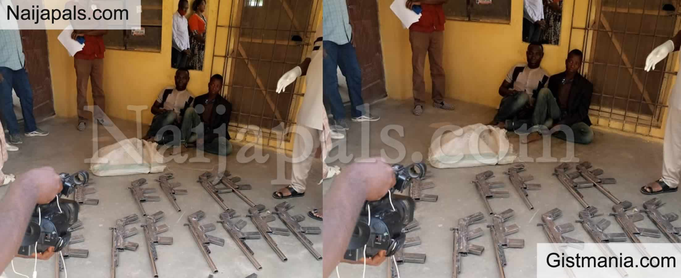 <img alt='.' class='lazyload' data-src='https://img.gistmania.com/emot/photo.png' /> Photos: <b>Operatives Of NDLEA Recovers 27 Rifles From Two Criminals In Niger</b>