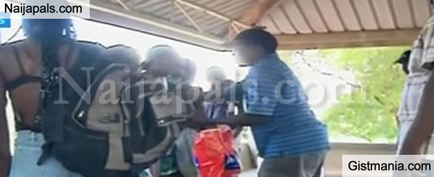 In Kenya Police Arrest Naked School Girls Posing For A Photo-Shoot In Public - Gistmania-7251