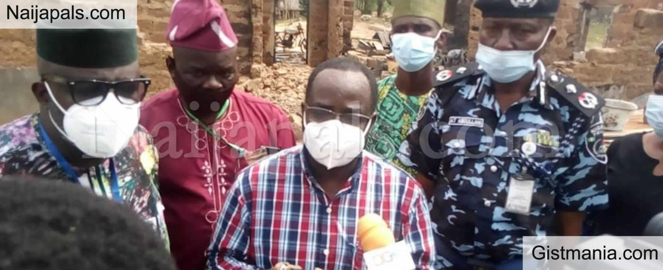 <img alt='.' class='lazyload' data-src='https://img.gistmania.com/emot/comment.gif' /> <b>Ogun Peace-Building Committee Tells Yewa Residents Not To Go To Farm Now</b>