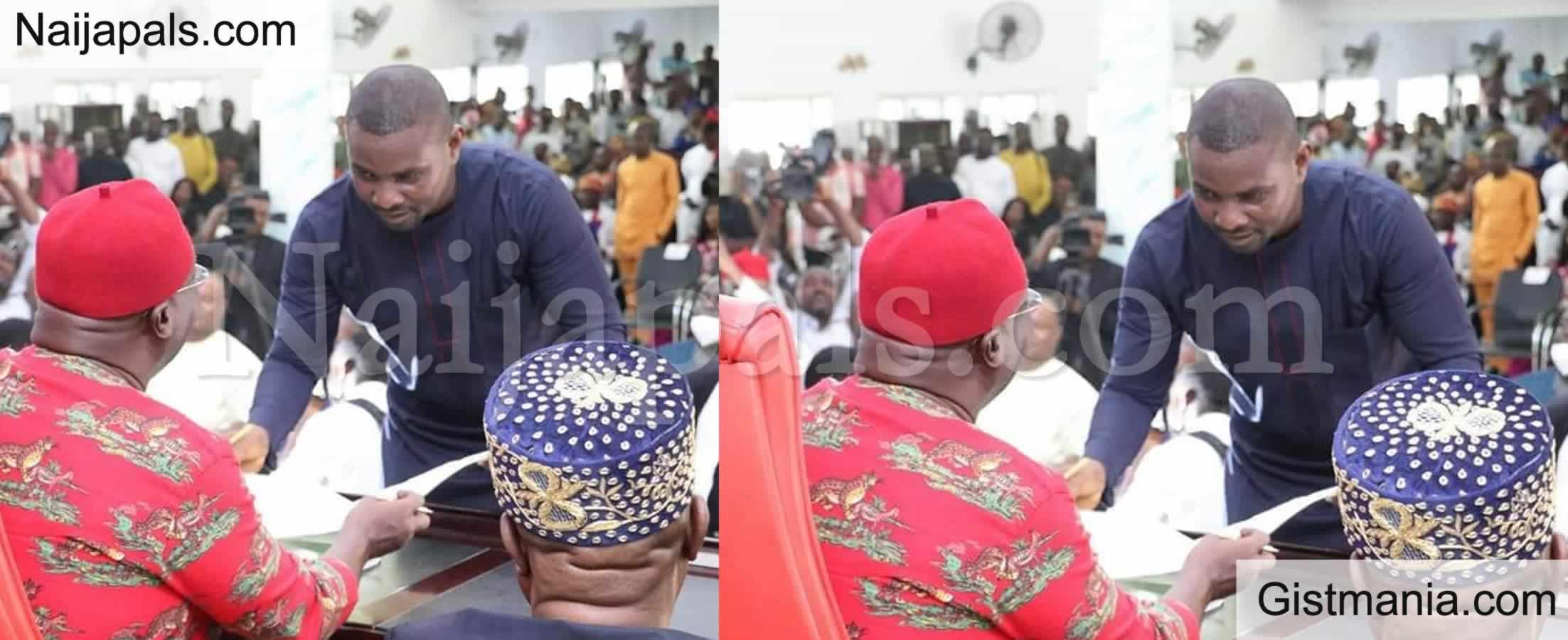 <img alt='.' class='lazyload' data-src='https://img.gistmania.com/emot/news.gif' /> Photo: <b>Ex Super Eagles Player, Ojigwe Sworn-In As Abia Commissioner For Sports</b>