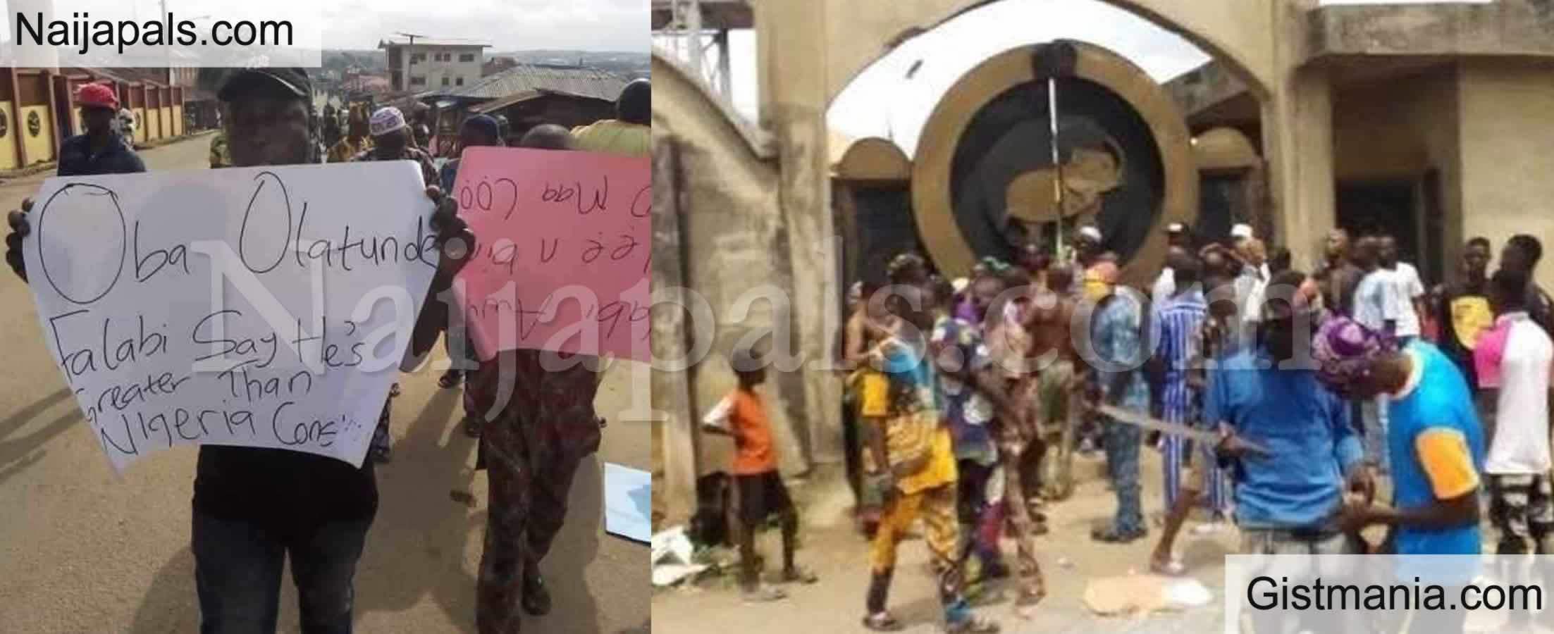 <img alt='.' class='lazyload' data-src='https://img.gistmania.com/emot/shocked.gif' /> <b>Gunshots & Chaos As Youths Invade Palace to Chase Out Sitting Oba of 33 Years in Osun</b> (Photos)