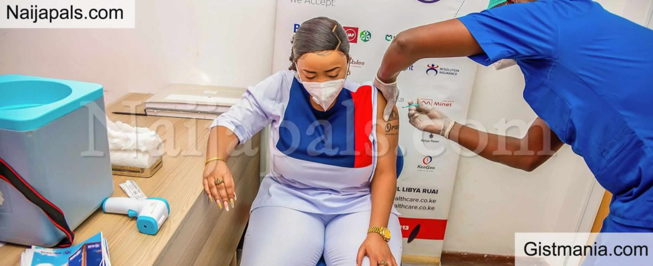 <img alt='.' class='lazyload' data-src='https://img.gistmania.com/emot/photo.png' /> <b>Online Users Blast Kenyan Female Pastor For Flaunting Tattoo While Taking COVID-19 Vaccine</b>