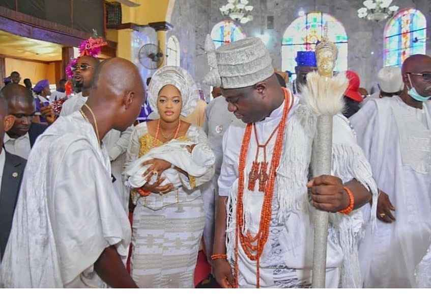 PHOTOS: Ooni Of Ife and Wife, Olori Naomi Dedicate Their Son At The  Anglican Church - Gistmania