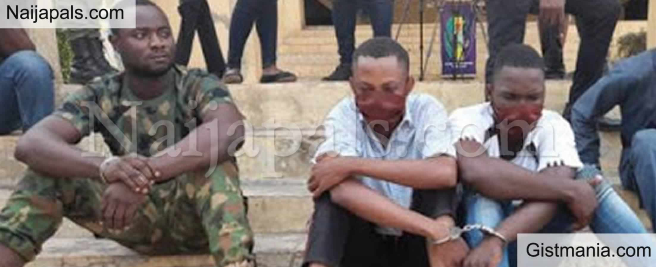 <img alt='.' class='lazyload' data-src='https://img.gistmania.com/emot/comment.gif' /> <b>Newly Recruited Police, David Friday Alongside A Soldier & Others Arrested For Robbery In Ondo</b>