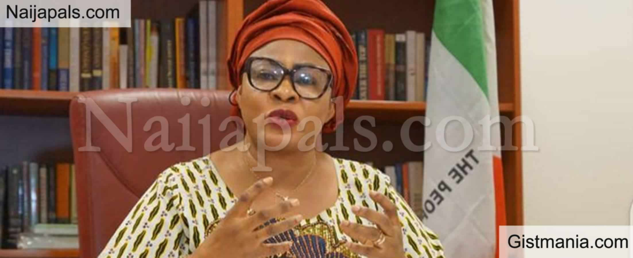 <img alt='.' class='lazyload' data-src='https://img.gistmania.com/emot/comment.gif' /><b> Only Ingrates Will Say Buhari Hasn't Done Anything For South East</b> - Stella Oduah
