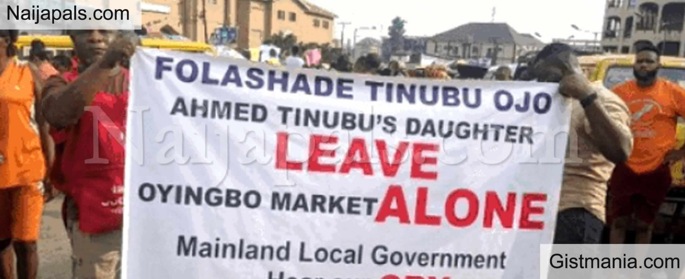 <img alt='.' class='lazyload' data-src='https://img.gistmania.com/emot/comment.gif' /><b> Parents, Teachers Storm Secretariat, Demand Resumption Of Schools In Kwara State</b>