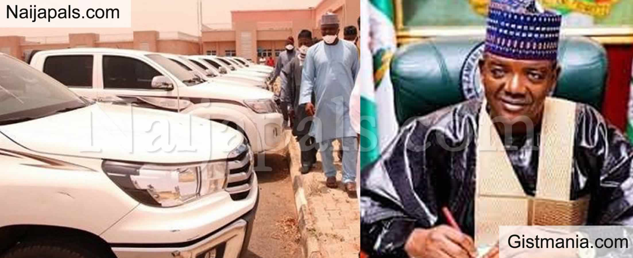 <img alt='.' class='lazyload' data-src='https://img.gistmania.com/emot/comment.gif' /> <b>Repentant' Bandits Gets Brand New Vehicles And Cash Gifts From Zamfara State Gov, Matawale</b>